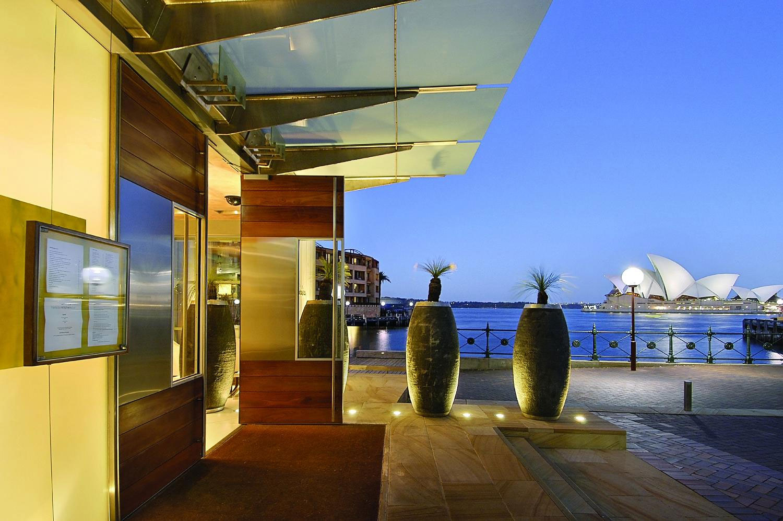 醒来后可以看到标志性的悉尼歌剧院与令人眼花缭乱的海港.[page]图片