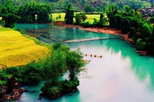 被称为中国东方洞穴博物馆的大小井省级风景名胜区,位于罗甸县董当