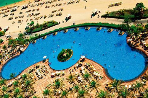 迪拜棕榈岛的蓝色奇迹——亚特兰蒂斯度假酒店