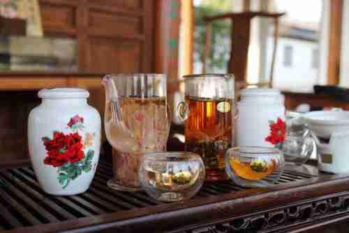 煮酒品茶背景素材
