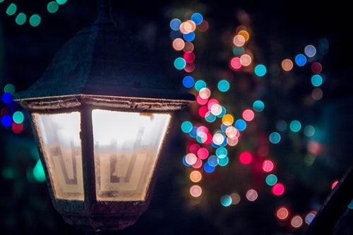 七大主题灯光秀亮相北京欢乐谷奇幻灯光节