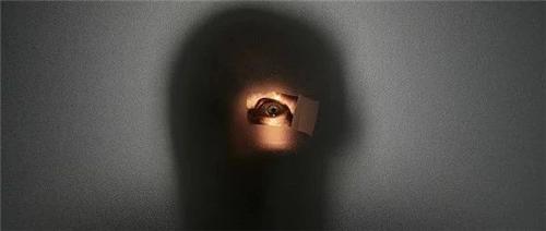"""确保房间里没有""""第三只眼"""",易佰酒店开展保护消费者隐私安全自查"""