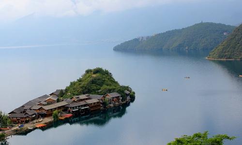 丽江旅游拟投资30亿在泸沽湖建摩梭小镇