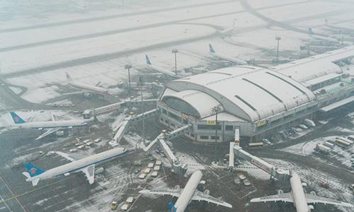 北京大雪:首都机场再度取消200余架航班