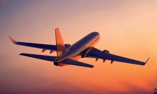 一坐飞机就延误 为什么受伤的总是你?