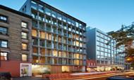 工厂改成高端公寓  竟全是落地玻璃墙?