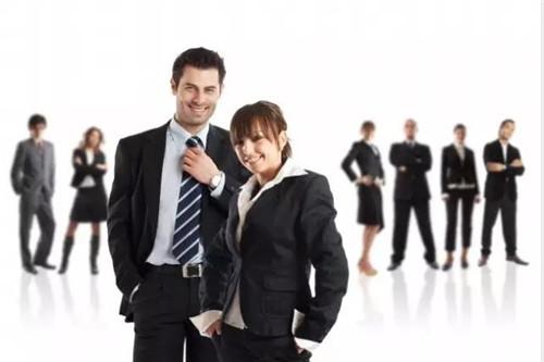 营销经理和客房经理 谁更可能成为总经理?