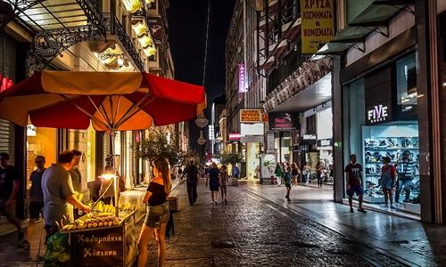 流量成稀缺资源 旅行社门店该强调成交还是社交?