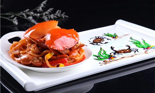 吃蟹是门技术活 然而你知道蟹宴该怎么做么?