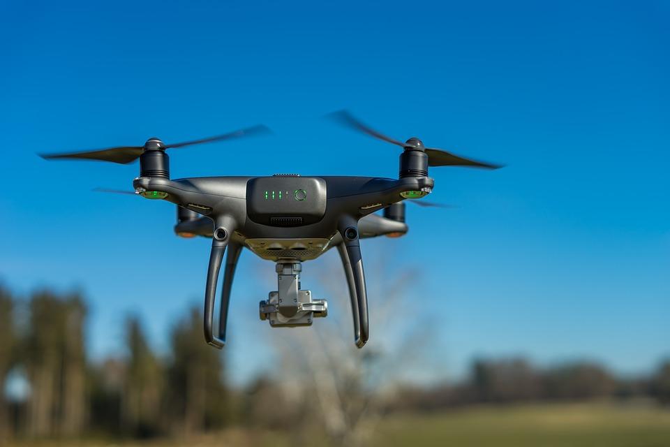 亚马逊研发能读懂人类的无人机,人机互动更近一步