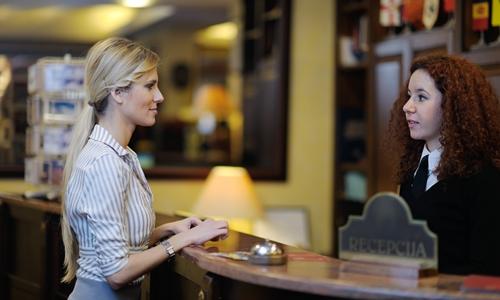 客人要求酒店服务员开门 这三种情况遇到该怎么办?