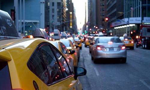 交通部:乘客安全是网约车底线 将加强监督检查