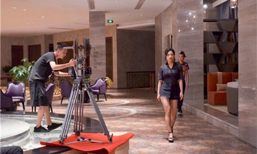 电影《卡尔奇遇记》在君澜•江山国际度假酒店取景拍摄