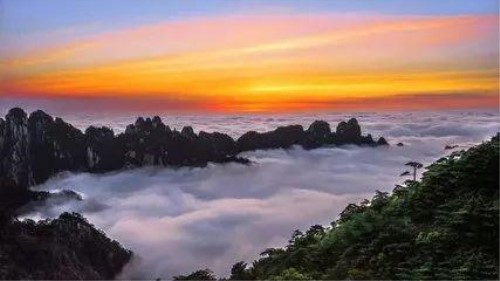 黄山迎旅游高峰 10月2日共接待进山游客近3万人