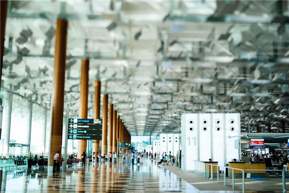 三亚旅游市场持续回暖,多家高端酒店预订量超九成