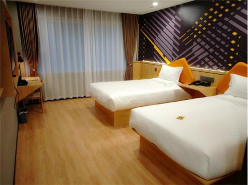 IU酒店7月新店速递970.png