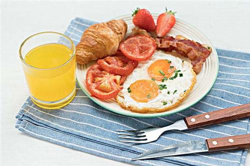 用美味早餐开启全新一天!潮漫酒店自助式早餐品类丰富,营养颜值兼具