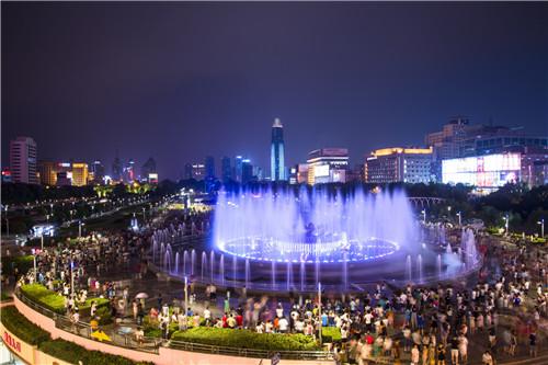 摄图网_500454137_banner_济南泉城广场(企业商用).jpg