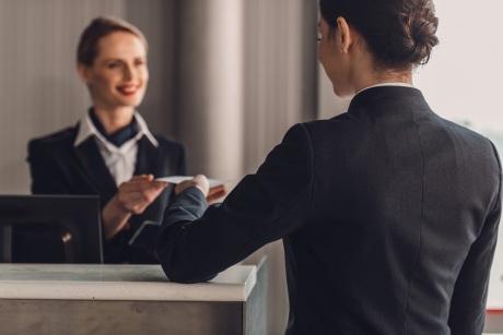 酒店业最近动作频频:新商业模式能否拯救现有困局?