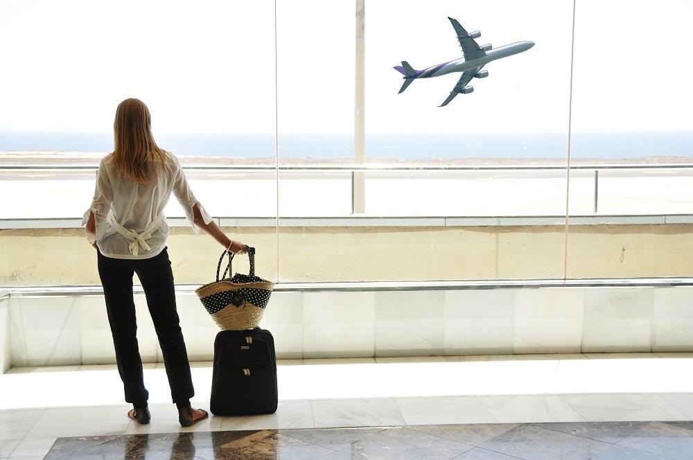 为寻市场复苏 英美航空业呼吁美国放宽旅行限制