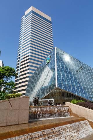香港置地欢迎标准普尔重返香港中环