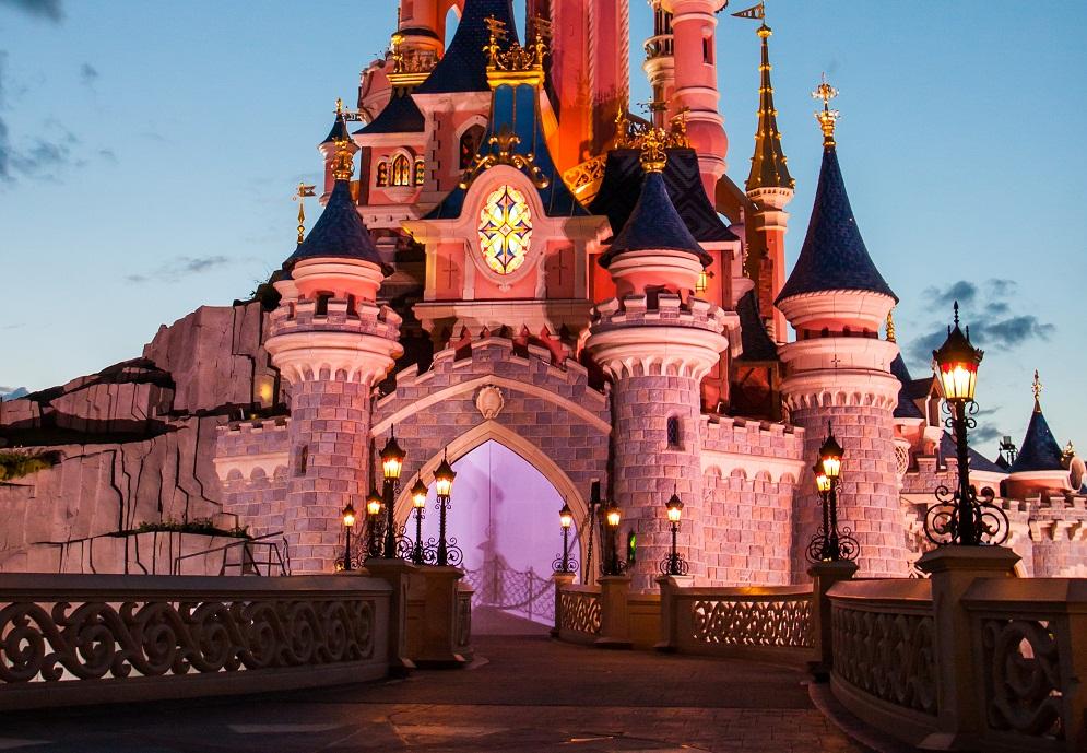 巴黎迪士尼在关闭近8个月后,于6月17日恢复开放