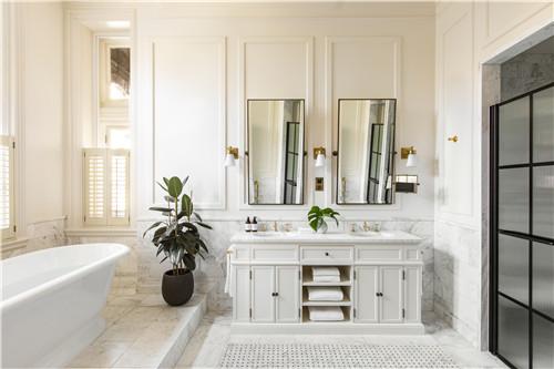 伦敦菲茨罗伊金普顿酒店提供大瓶装洗浴用品 3.jpg